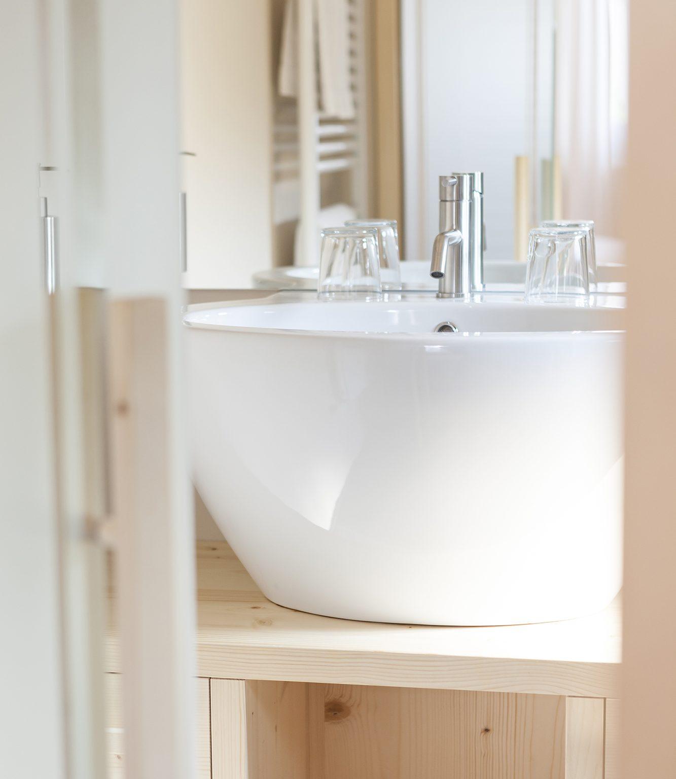 hotel-mayr bathroom wash basin