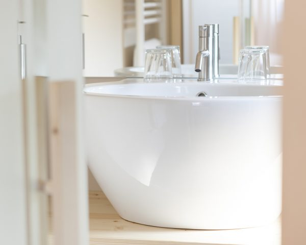 hotel-mayr bathroom wash basin