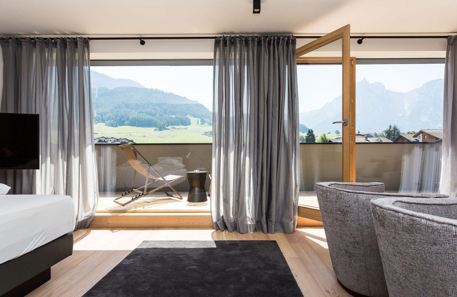 Hotel Mayr Kastelruth Balkon