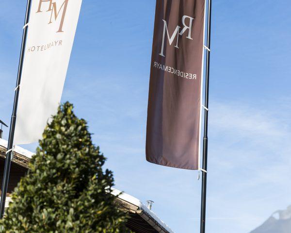 hotel-residence-mayr-fahnen-schnee
