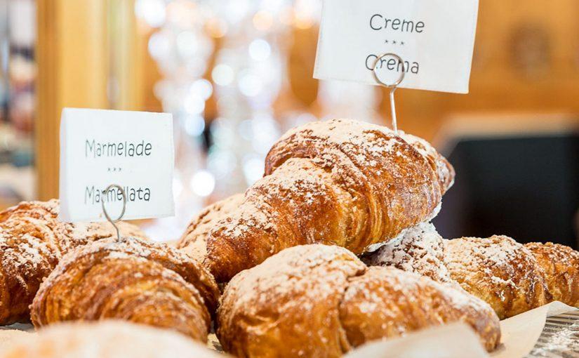Hotel Mayr Südtirol Frühstück Croissants