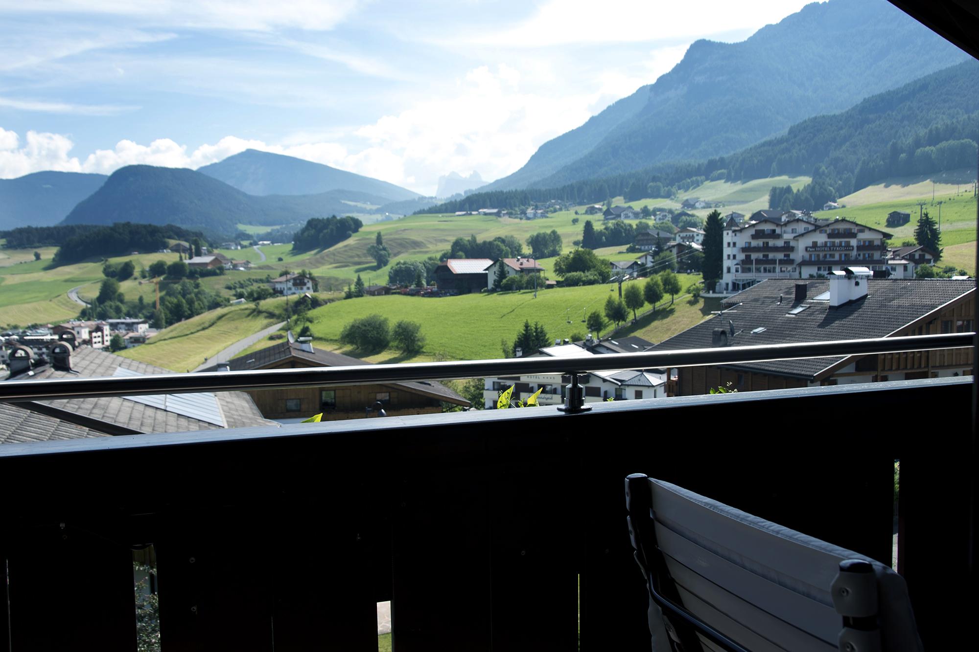 Hotel Mayr Blick von Balkon auf Seiser Alm