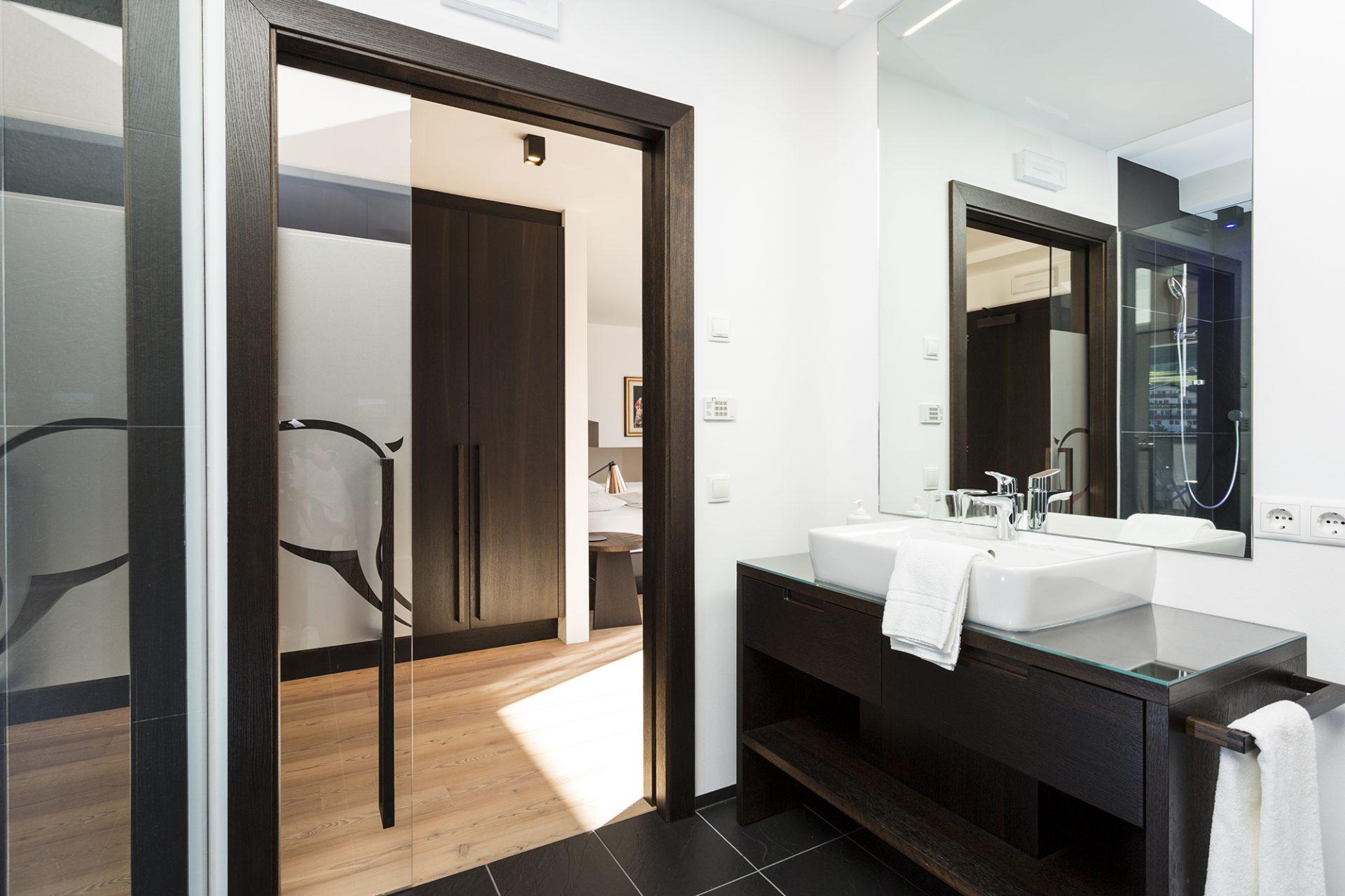 mayr-superiore camera-sala da bagno-bagno-lavandino