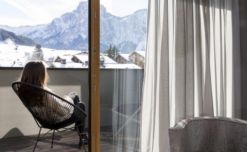 Hotel Mayr Balkon mit Blick auf Südtirol und Berge